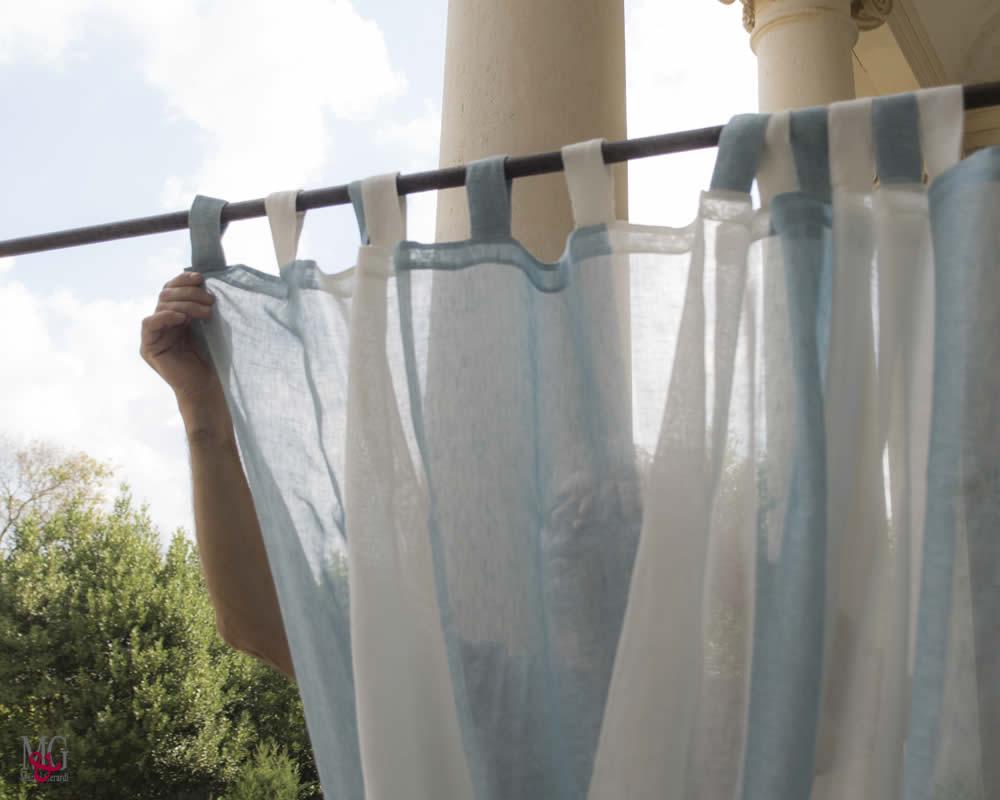 tende in lino righe verticali camera da letto colore acqua turchese